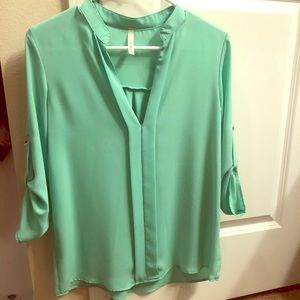 Tops - Mint green polyester top